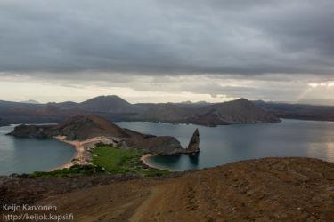Isla Bartolome -saaren näköalapaikalla