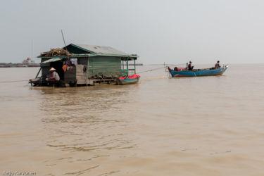 Tonle Sap -järvellä, Siem Reap/Kamputsea