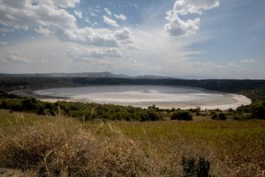 Suolainen kraatterijärvi